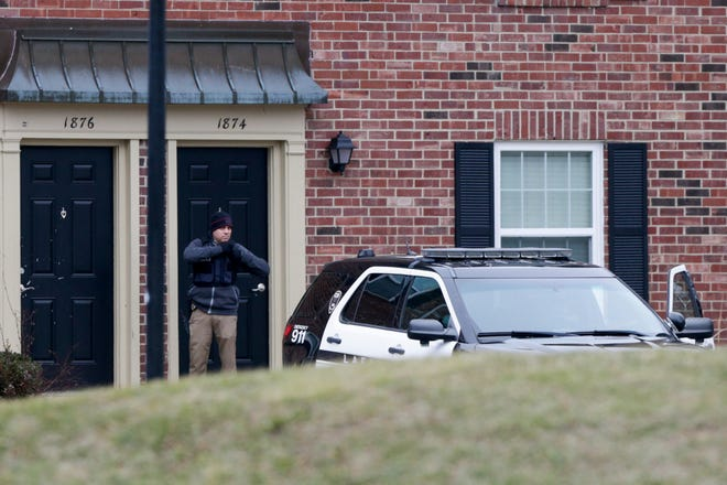 Lafayette Police investigate the scene of a shooting at an apartment on 1800 Windemere Drive, Tuesday, Jan. 5, 2021 Lafayette.