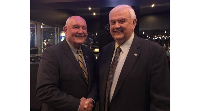 U.S. Secretary of Agriculture Sonny Perdue and legendary farm broadcaster Orion Samuelson at the 2017 FFA National Conference.