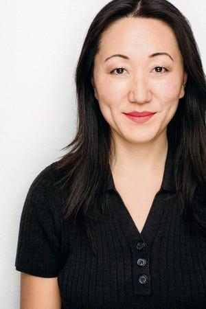 """L'actrice MJ Kang partagera une histoire personnelle pour """"Nouveaux commencements,"""" un événement de narration virtuelle le 12 janvier présenté par le Storytellers Project"""