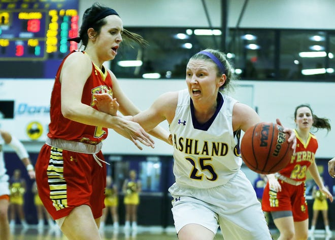 Ashland University's Karlee Pireu (25) drives to the basket during a women's college basketball game against Ferris State on Jan. 30, 2020 at Kates Gymnasium.