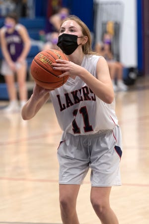 Ava Dixon sinks a free throw late in the game.