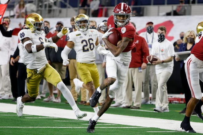 Alabama wide receiver DeVonta Smith has won the Heisman Trophy.