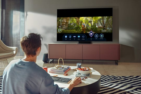 New Samsung TVs will have the Super Ultrawide Gameview feature, which lets you play in 21:9 and 32:9 aspect ratios. And a Game Bar feature lets you quickly change aspect ratios, connect a headset or check input lag.