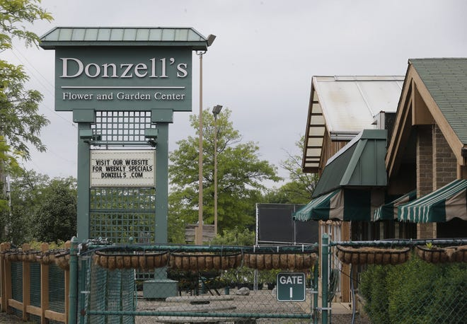 Donzell's Flower and Garden Center closed in June 2019 after 66 years in business. The site at at 937 East Waterloo Road in Akron has been purchased by Penske Truck Leasing.
