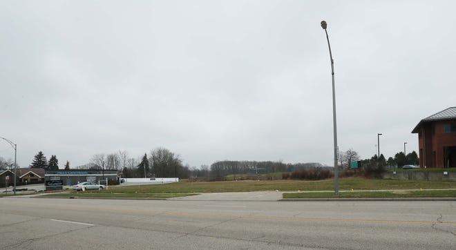 A medical office building is planned for this vacant space on Portage Trail in Cuyahoga Falls. This was the site of the circular building that was torn down in 2019.  [Karen Schiely/Beacon Journal]