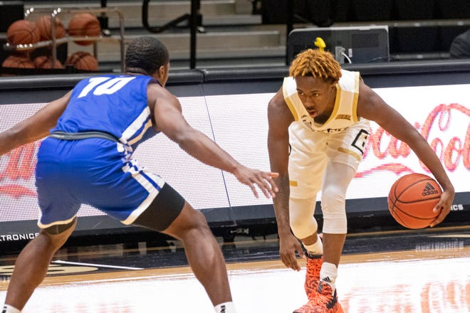 Michael Green III and the Bryant men's basketball team looked spectacular in their return to the court in Thursday's win over Central Connecticut State.