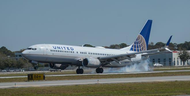 United Airlines will begin flying between Houston and Sarasota-Bradenton International Airport on Feb. 11.