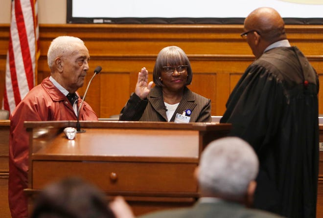 Tuscaloosa City Councilor Phyllis W. Odom, seen here taking the oath of office in 2015, has said she will not seek re-election. [Staff file photo/Erin Nelson]