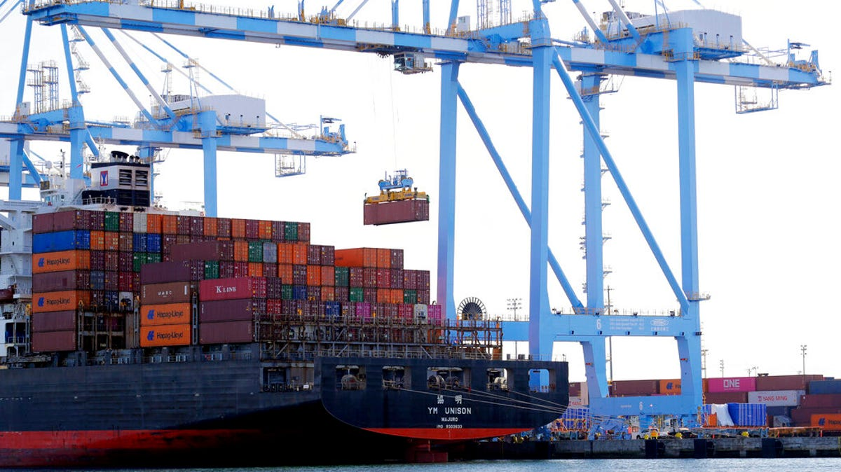 US trade gap widened to second-biggest on record in November 1