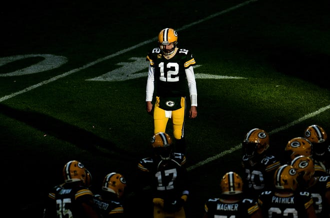 Some people aren't convinced that Aaron Rodgers will play out his career in a Green Bay packers uniform.