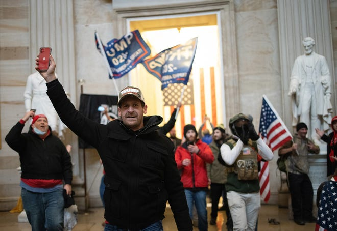 A pro-Trump mob enters the Rotunda of the U.S. Capitol Building on Jan. 6, 2021 in Washington, DC.