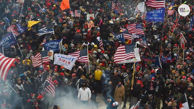 Républicains et démocrates partagent des témoignages de première main alors que les soutiens pro-Trump ont pris d'assaut le Capitole.