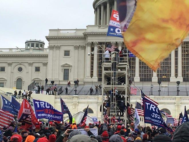 Paul Lanoon's group near the Capitol.