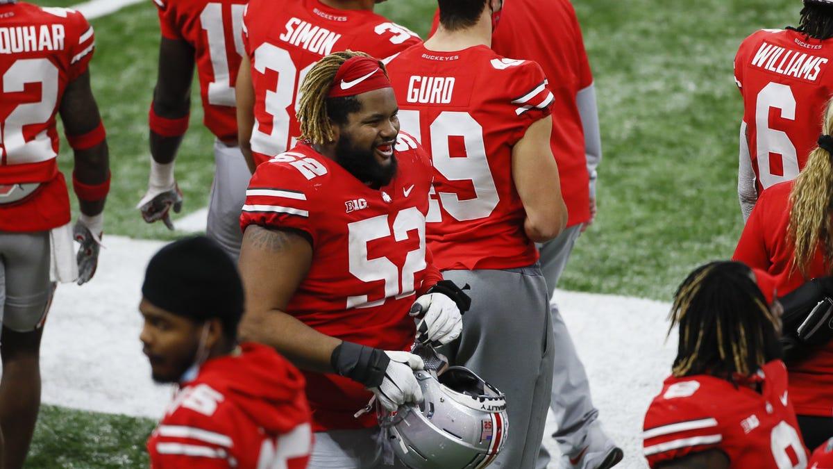 Ohio State All-American guard Wyatt Davis to enter the NFL draft