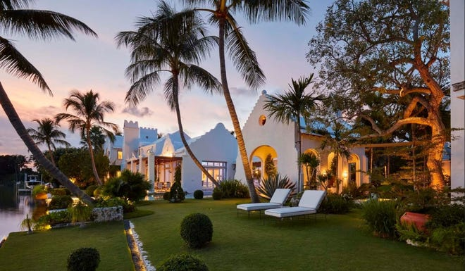 A Bermuda-style compound completed in 2014 at 320 Island Road in Palm Beach has sold for a price reported in the multiple listing service of $26.151 million.