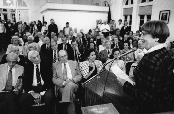 Palm Beach Mayor Deedy Marix announces at the 1993 Town Caucus that this would be her last year as mayor. Marix, who died in 2017, was first elected to the job in 1983.