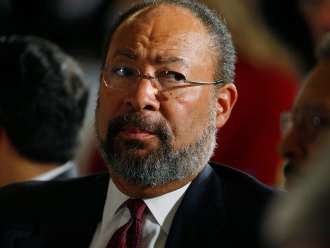 Former Citigroup chief executive officer Richard Parsons   (AP Photo/Charles Dharapak)