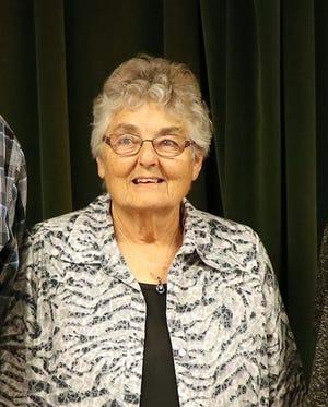 Darlene Lyne