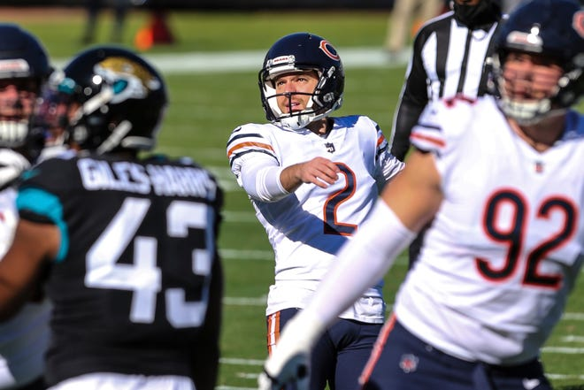 Chicago Bears place kicker Cairo Santos (2) kicks a successful field goal during the first half of an NFL football game against the Jacksonville Jaguars, Sunday, Dec. 27, 2020, in Jacksonville, Fla. (AP Photo/Gary McCullough)