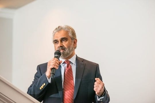 Eajaz Rawoof speaks at the Muslim Federation of South Jersey's inaugural event.
