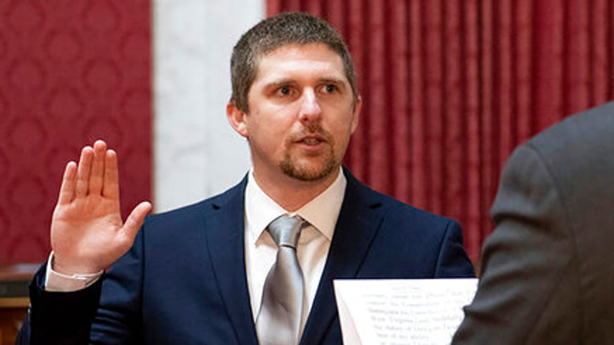 State lawmaker charged after entering Capitol with rioters 1