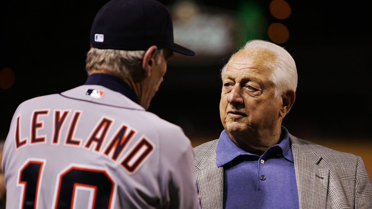 Tommy Lasorda, legendary Dodgers manager and one of MLB's great characters, dies at 93 1