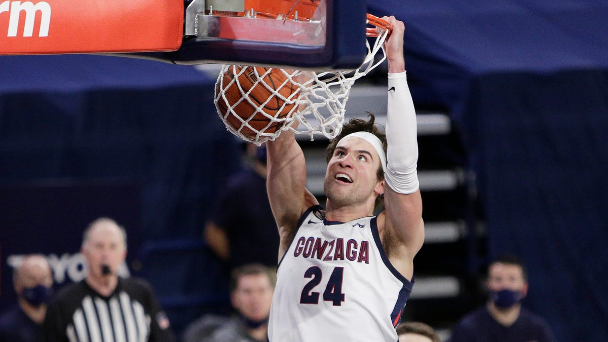 Thursday's college basketball: Kispert, Suggs lead top-ranked Gonzaga past rival BYU 86-69 1