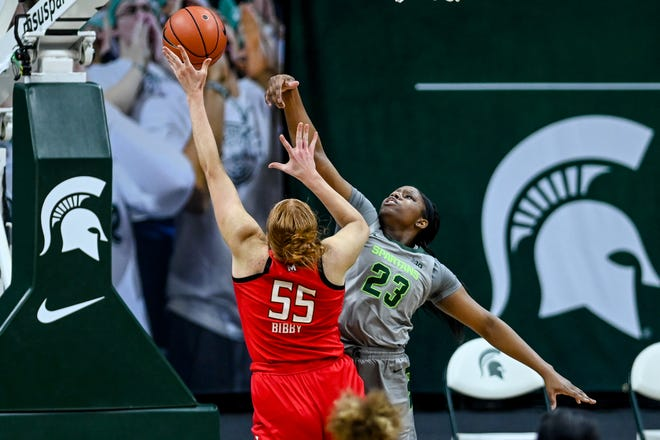 Michigan State's Janai Crooms, right, pressures Maryland's Chloe Bibby during the fourth quarter on Thursday, Jan. 7, 2021, at the Breslin Center in East Lansing.