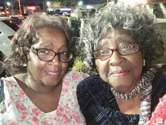 Barbara Roberts and her mother Ellie Harris, both of Memphis, died from COVID-19 within weeks of one another in summer 2020.