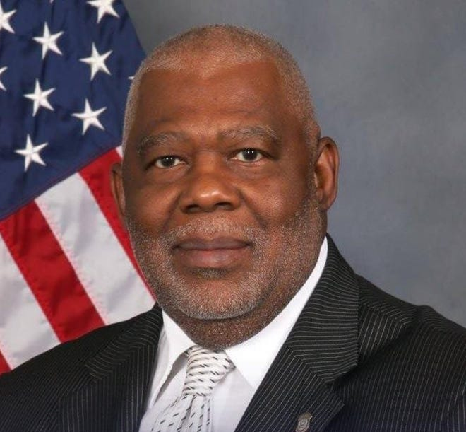 Claude Talford, a former Memphis Fire Department deputy director, has died with COVID-19.