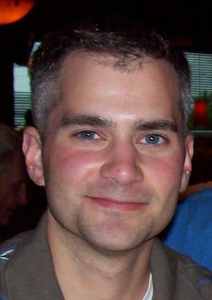 L'officier de police du Capitole américain, Brian Sicknick, est la cinquième personne à mourir des suites de la violence lors de la manifestation.