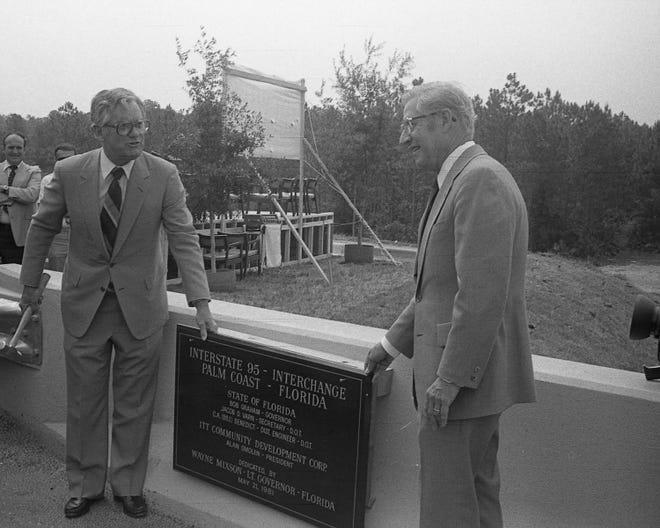 Florida Lt. Gov. Wayne Mixon and ICDC President Alan Smolen dedicate the Palm Coast I-95 exchange on May 21, 1981.