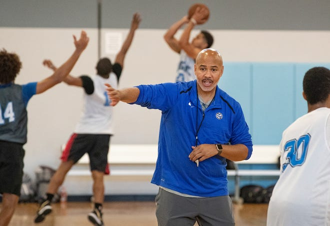 Lakeland Magic head coach Stan Heath will return to the sidelines when the team resumes play in February at Disney's Wide World of Sports Complex.