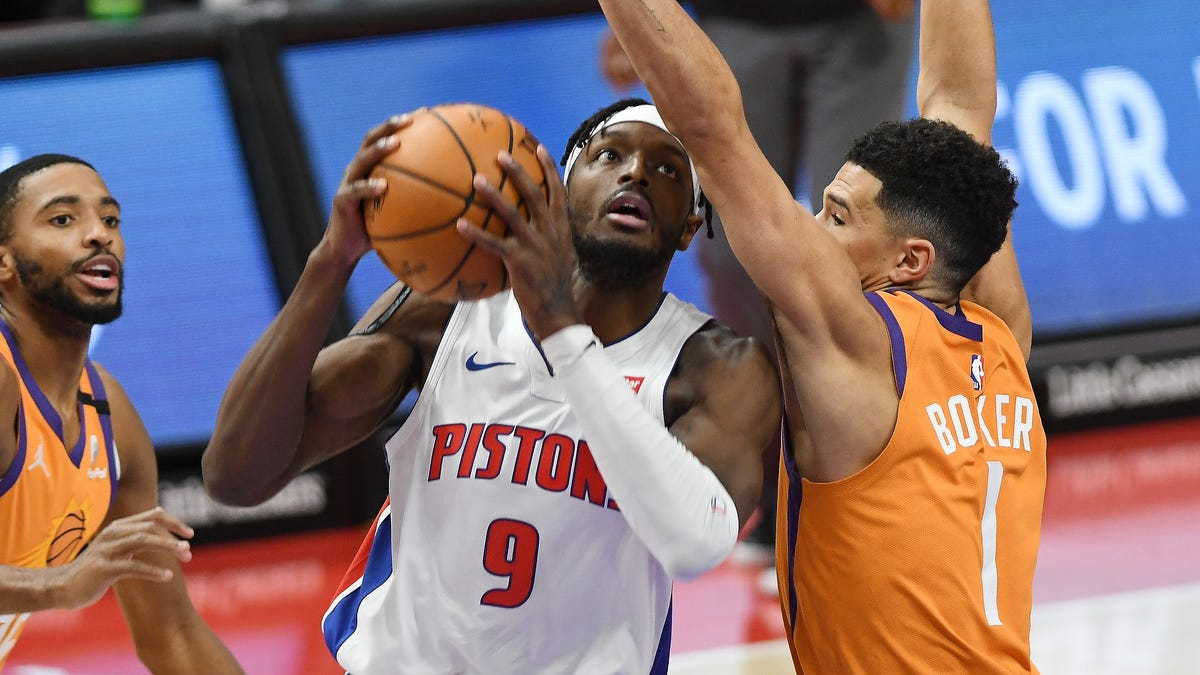 Observations: Pistons rise to level of their premium competition 1