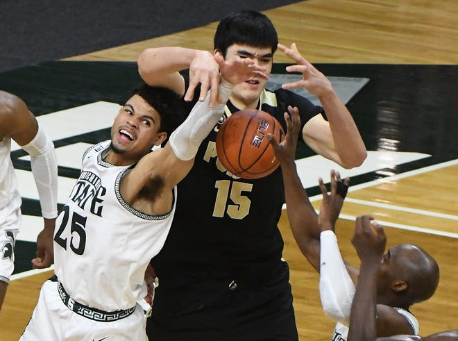 Michigan State stumbles in second half, gets upended by Purdue 55-54