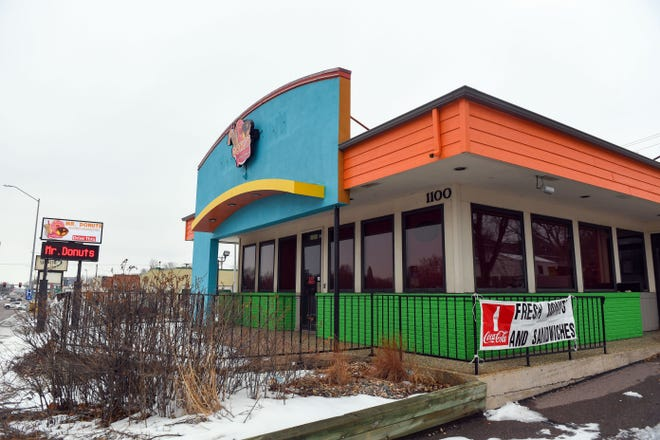 Mr. Donut moves into a former Taco John's location on Friday, January 8, in Sioux Falls.