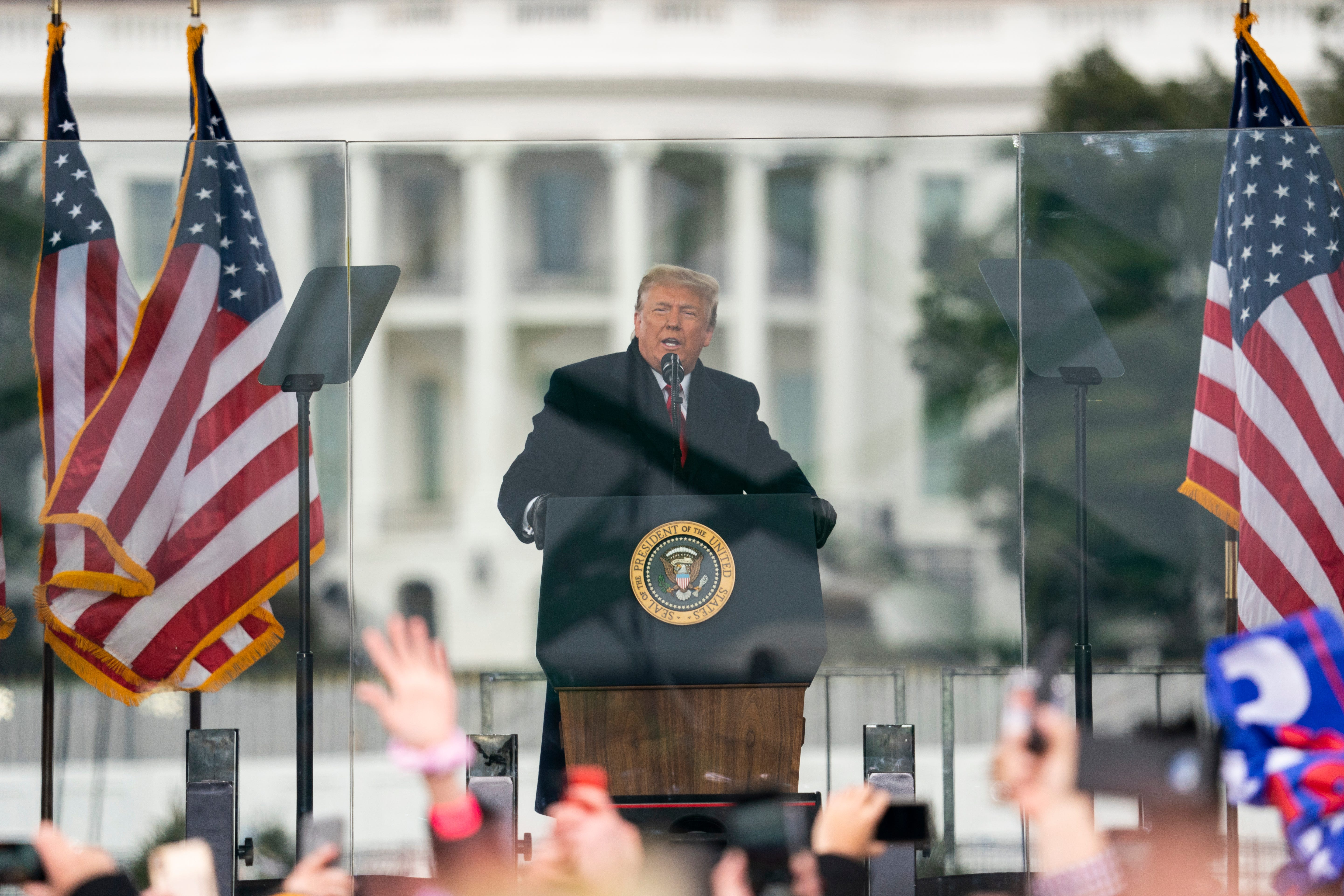 Threat to democracy : Democrats prepare Monday to begin impeachment of Trump over DC riots