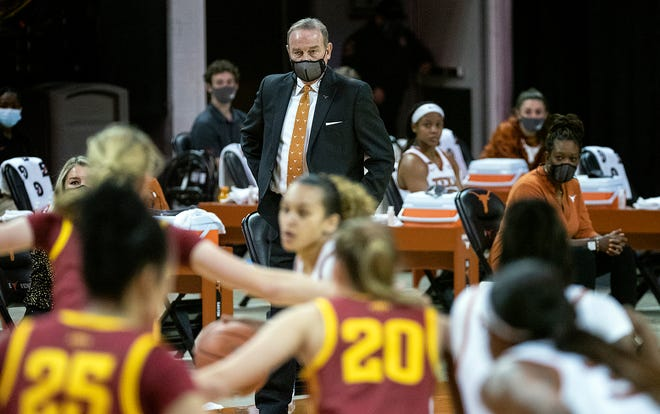 Texas coach Vic Schaefer watches his team compete against Iowa State at the Erwin Center on Jan. 3, 2021.