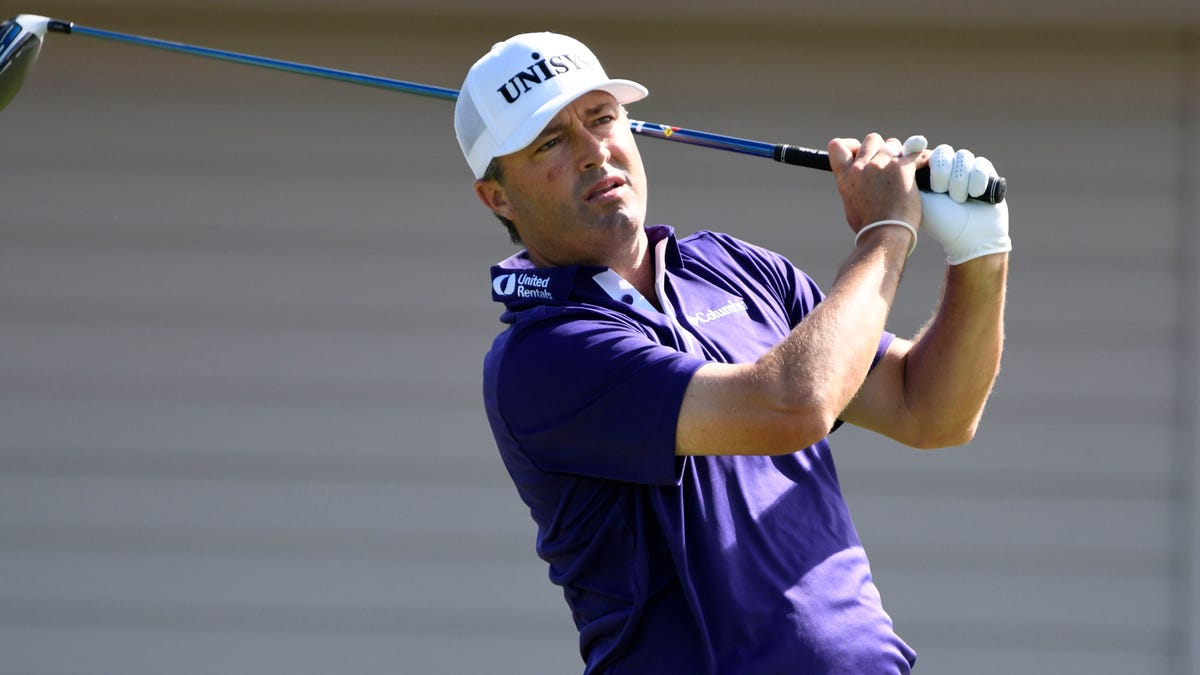 Palmer, English tied for the lead at Tournament of Champions 1