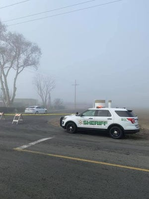 Tulare County sheriff's detectives are investigating a double homicide after police found a vehicle counting two dead men near the Tulare/Kings County line.