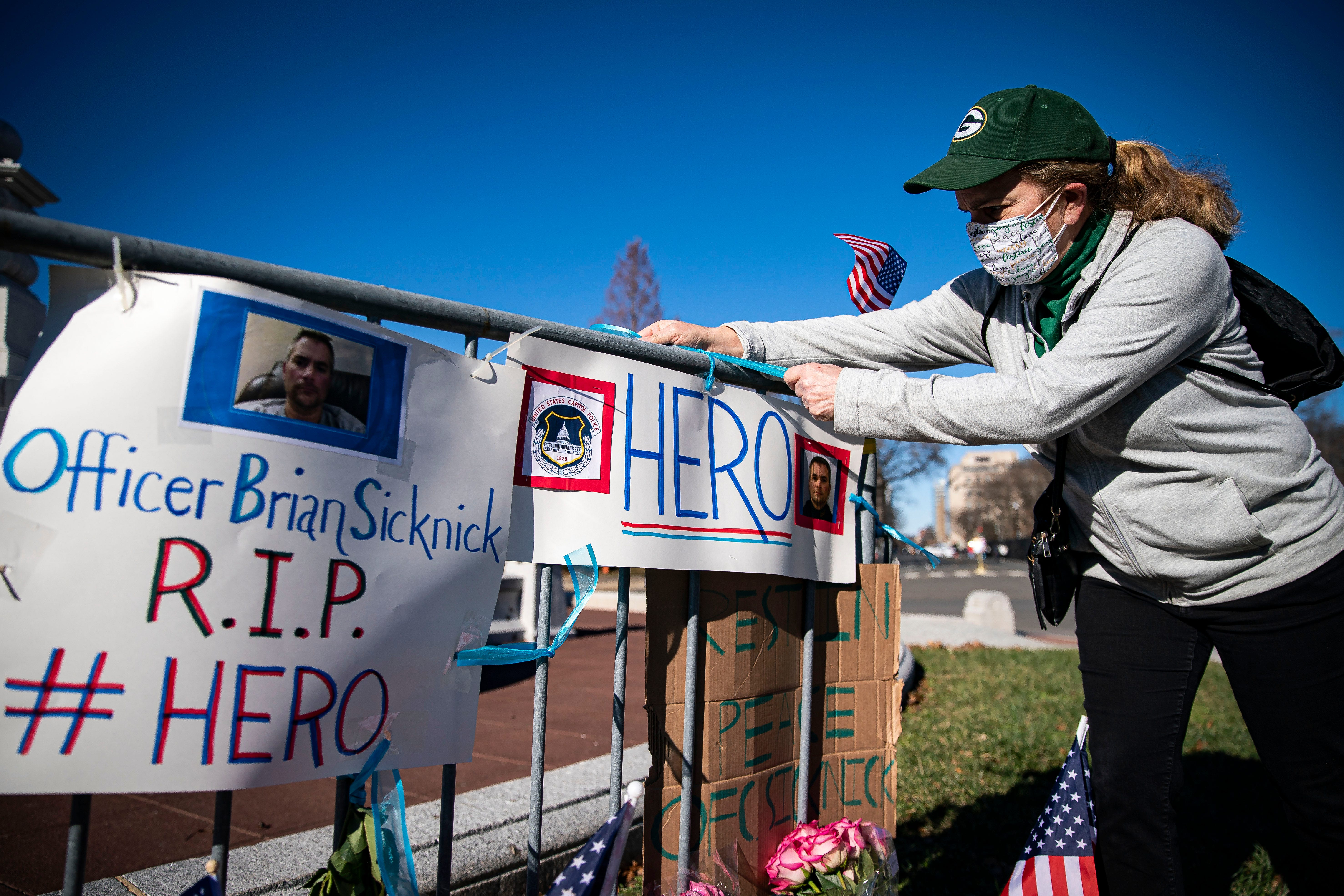 Politics updates: White House lowers flag 3 days after Capitol Police officer Sicknick dies
