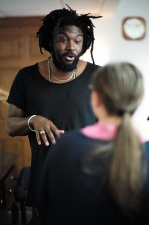 Author Jason Reynolds will participate in a virtual author talk on Jan. 24 that will be hosted by the Columbus Metropolitan Library and eight other local library systems.