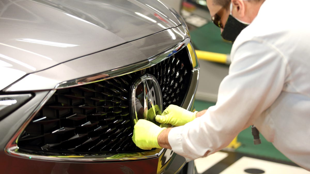 New Acura MDX rolls off East Liberty assembly plant
