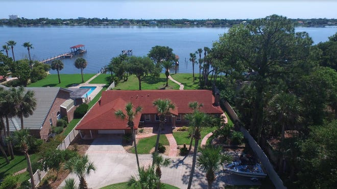 Nestled on nearly an acre of riverfront property on Ormond's very sought-after North Beach Street, this lovely four-bedroom, three-bath ranch home offers amazing panoramic views and plenty of privacy.