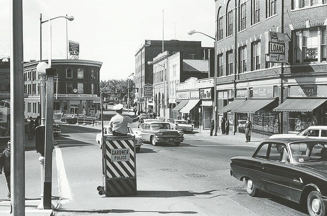 A view of the Liggett Block and Pleasant Street in Gardner in 1967.