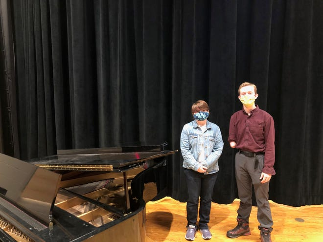 Roland-Story High School students Rhianna Koppes and Jarod Hart were named to the 2021 SCIBA Honor Band.