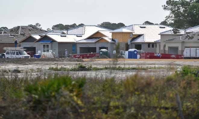 New homes under construction along West Villages Parkway in North Port. Soon, developers in Sarasota County no longer may be required to include affordable housing in their plans.