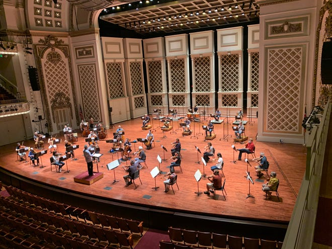 Audiences will be limited to 300 people when the Cincinnati Symphony and Cincinnati Pops orchestras begin a winter-spring season in Music Hall in late January.