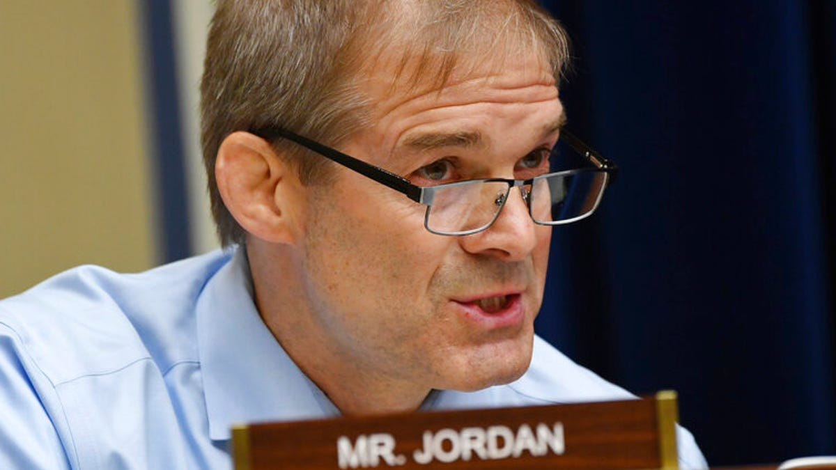 Trump rewards GOP ally Rep. Jim Jordan with Medal of Freedom 1