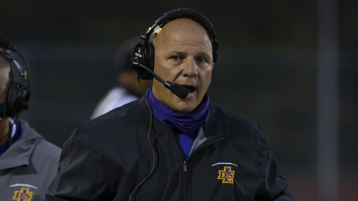 Prep notebook: Warren De La Salle, Oak Park to add another chapter to playoff rivalry 1